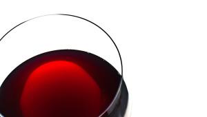 bicchiere di montepulciano d'Abruzzo