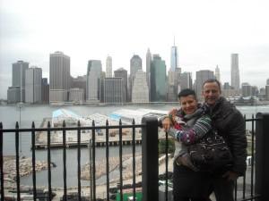 La foto di Paolo e Irene è stata scattata in una nota metropoli abruzzese