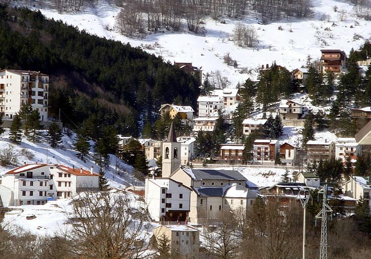 La vacanza di natale a roccaraso fa record di clic su for Case roccaraso