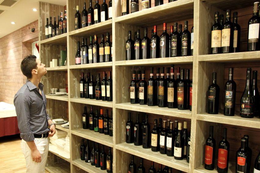 Portabottiglie a parete scaffale per vino a parete in stile retrò