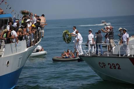 pescara, processione di sant'andrea