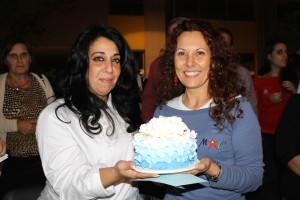 Antonella Renzetti, 2° classificata premiata da Manuela Schiazza, decoratrice di torte