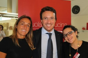 da sx Luigia Bucci d'Orsogna, fondatrice di ReD Academy, accanto a Gianfranco Nocilla e Gabriella Mincarelli dello staff di ReD