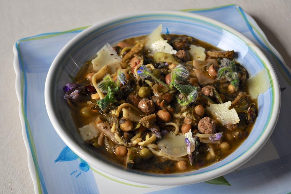 Le virt il piatto della tradizione da donare agli amici l 39 abruzzo servito quotidiano di - Le virtu in tavola ...