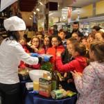 La chef Roberta Guidi alla Conad di via Milano Pescara05