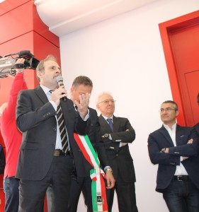 I dirigenti prima dell'inaugurazione